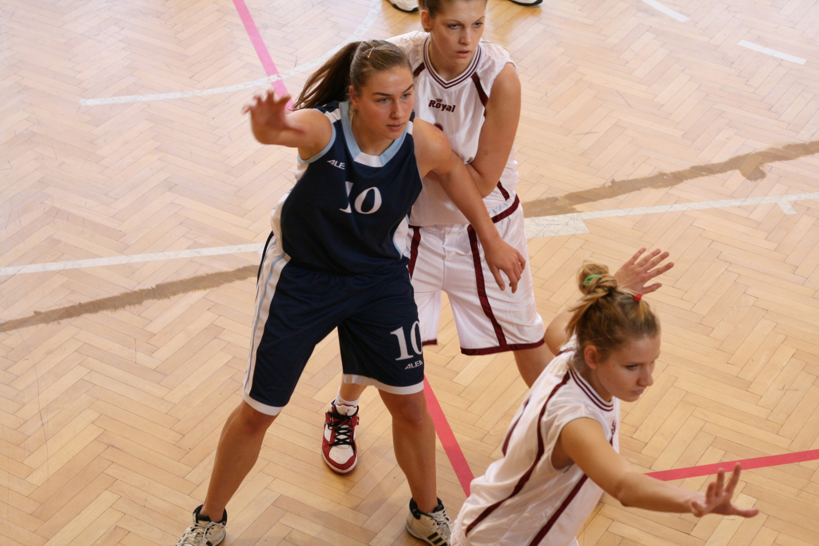 bk-zs-zvolen-bk-petrzalka-basketbal-juniorky-10