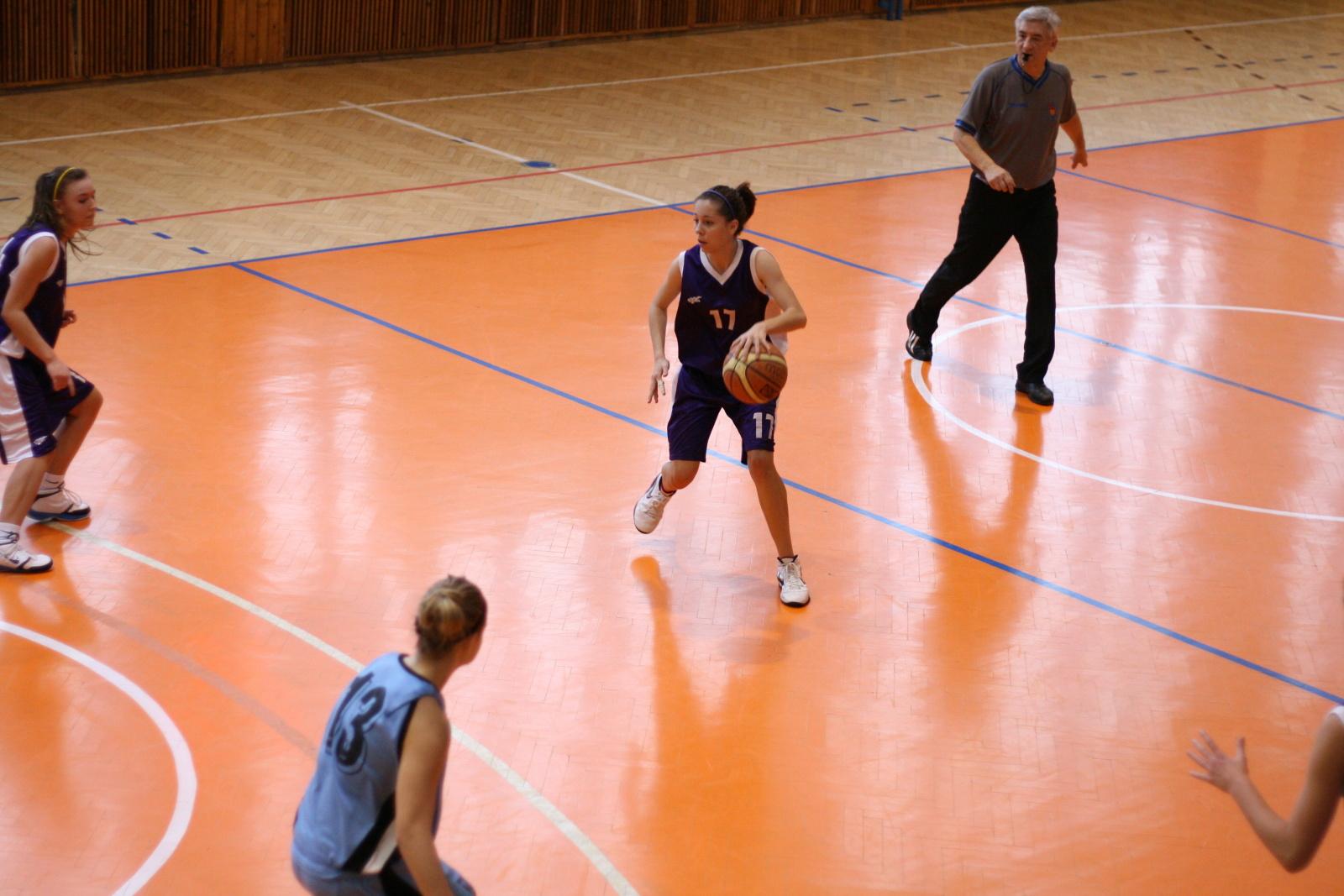 bk-zs-zvolen-bkm-junior-ukf-nitra-basketbal-kadetky-10