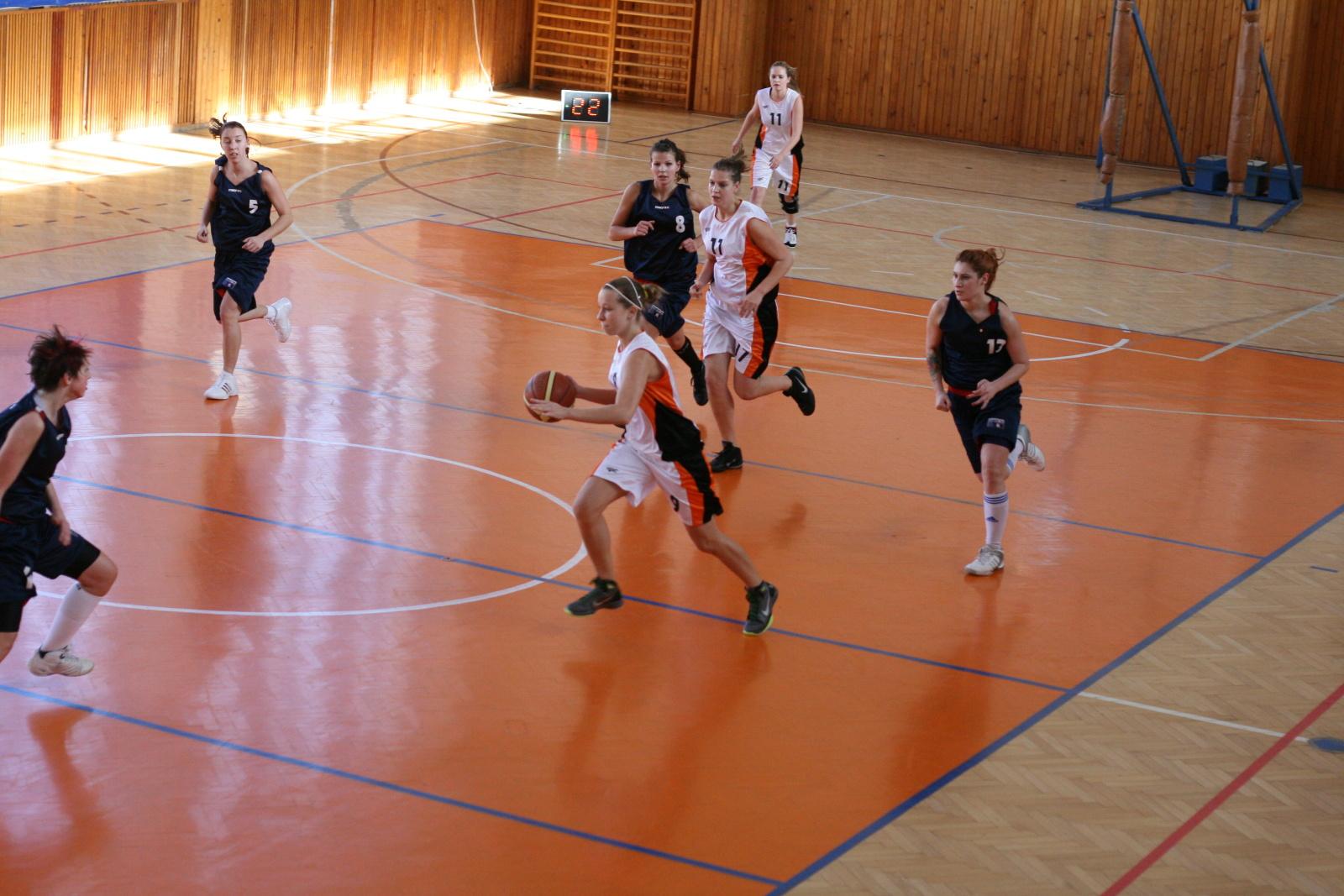 bk-zs-zvolen-bk-ask-slavia-trnava-basketbal-zeny-1