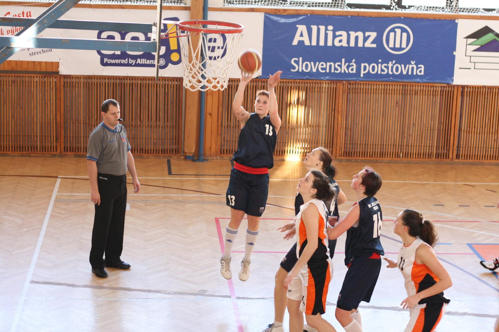 bk-zs-zvolen-bk-ask-slavia-trnava-basketbal-zeny-10