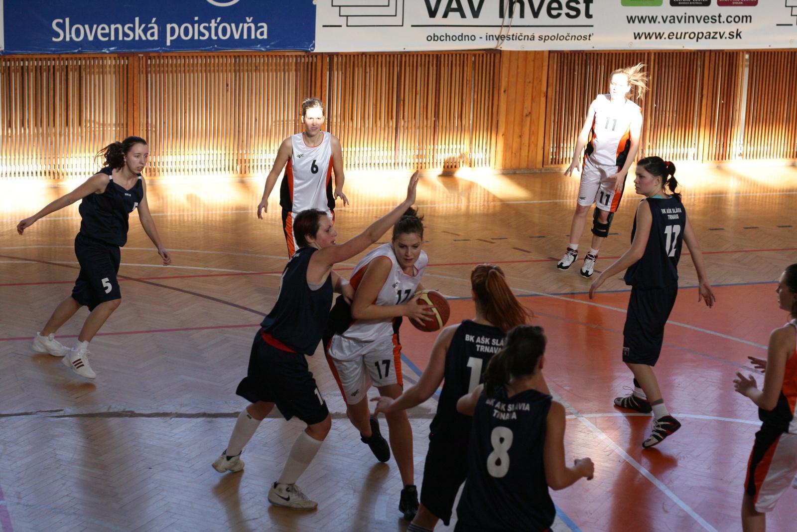 bk-zs-zvolen-bk-ask-slavia-trnava-basketbal-zeny-2