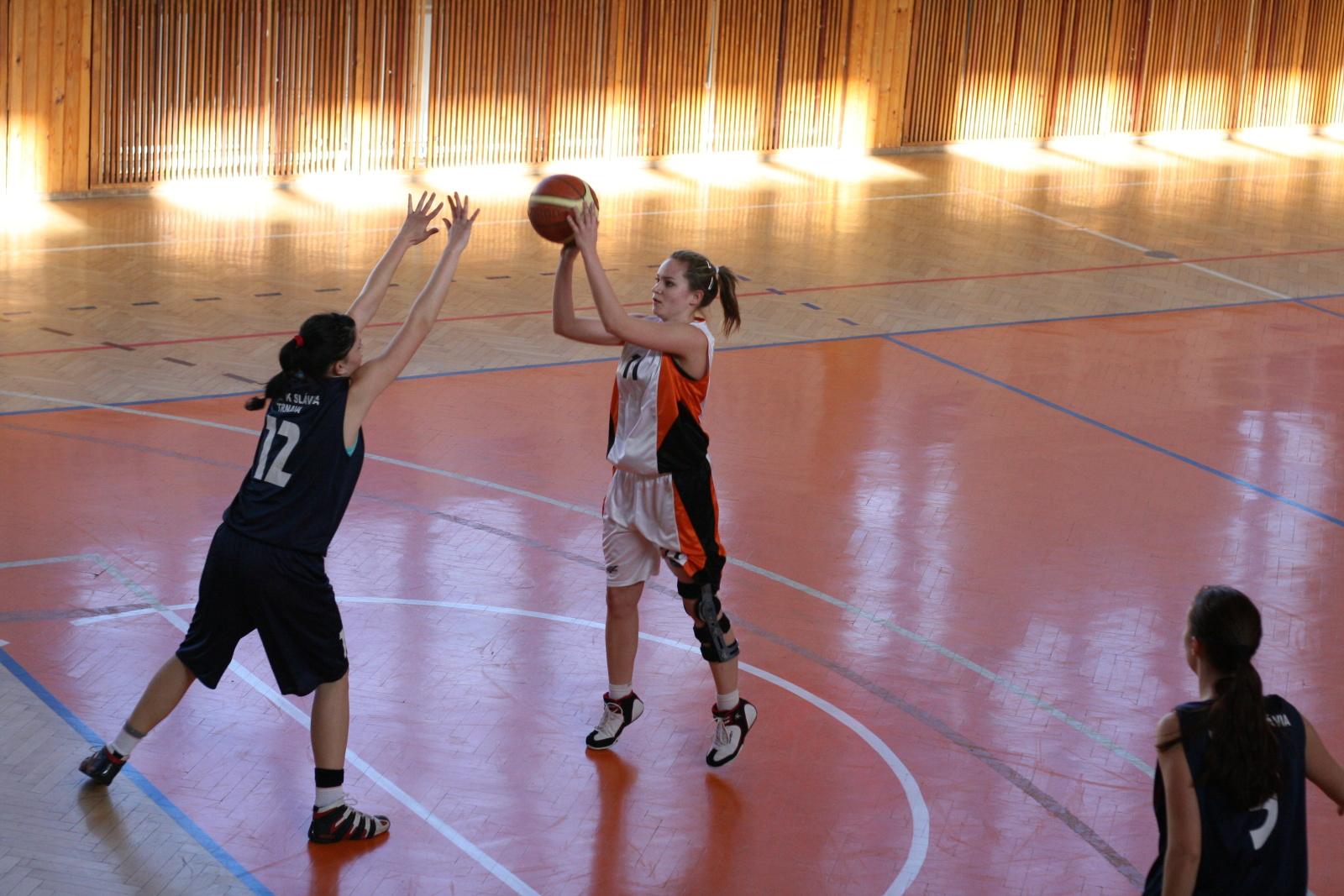 bk-zs-zvolen-bk-ask-slavia-trnava-basketbal-zeny-3
