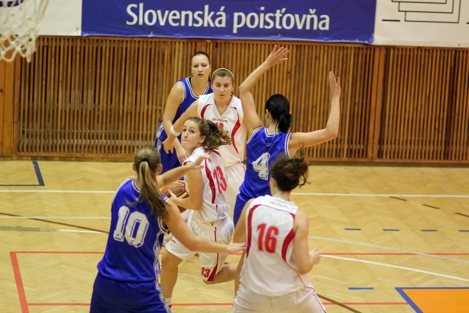 bk-zvolen-eilat-presov-basketbal-sp-zeny-14