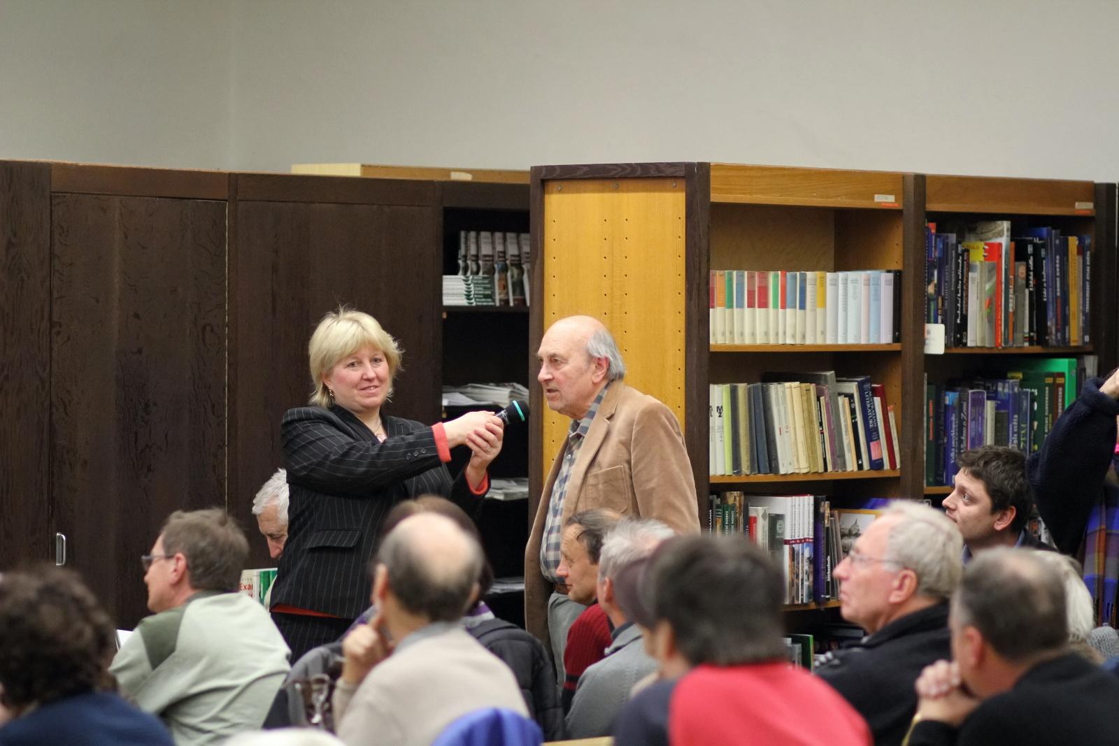 objavy-na-pustom-hrade-v-roku-2011-seminar-16