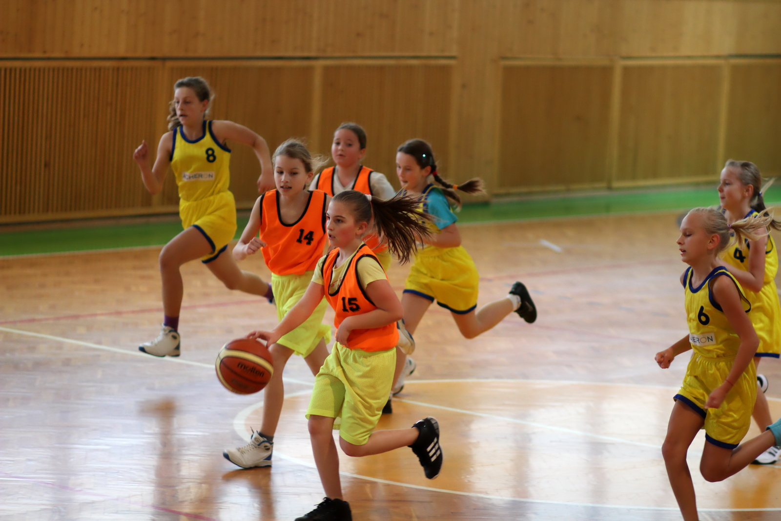 zvolen-banska-bystrica-basketbal-mini-ziacky-6