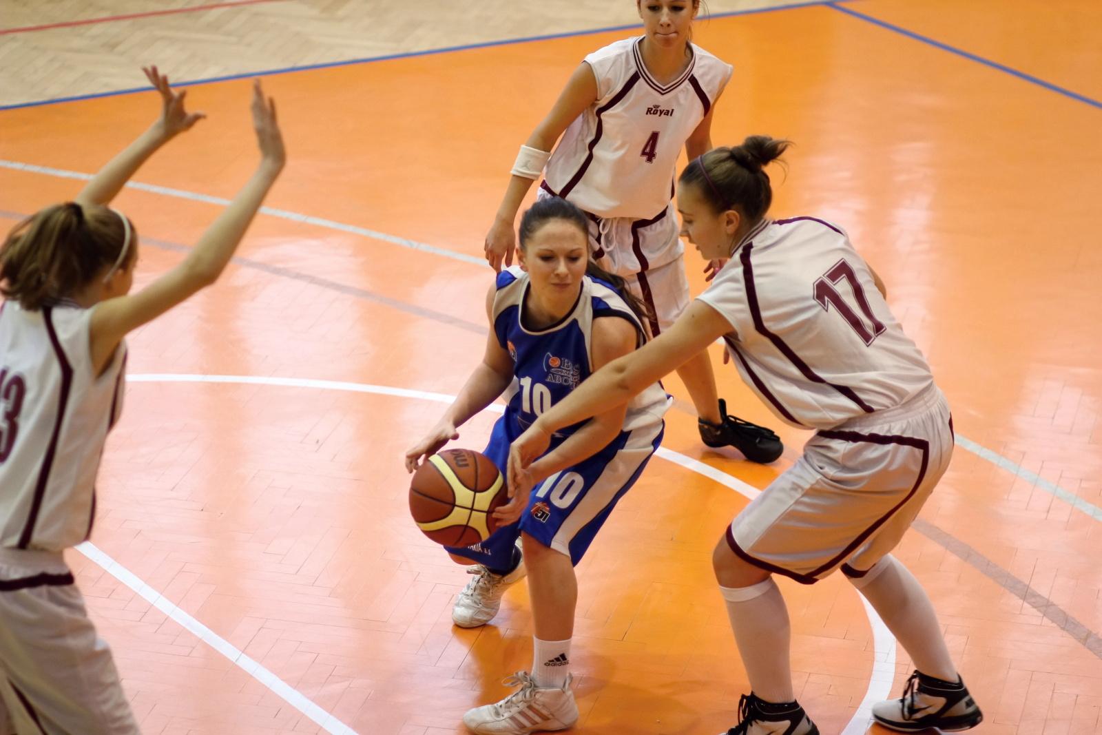 bk-zvolen-abovia-kosice-ziacky-basketbal-2011-3