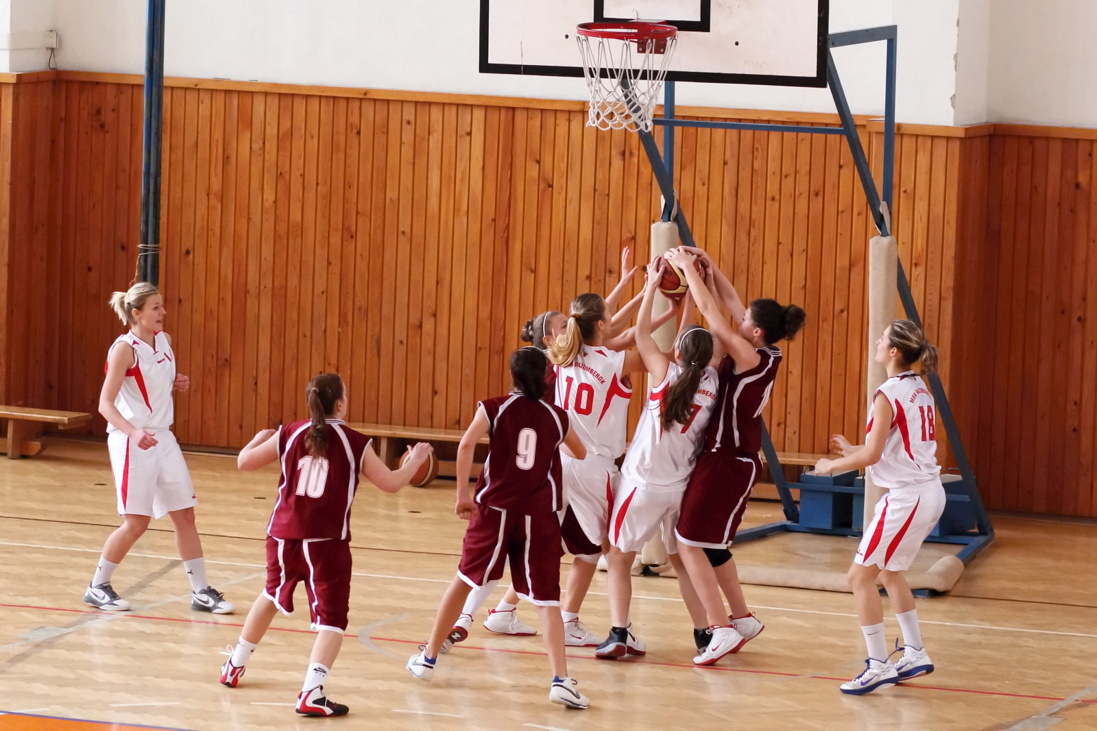bk-zvolen-mbk-ruzomberok-juniorky-basketbal-8