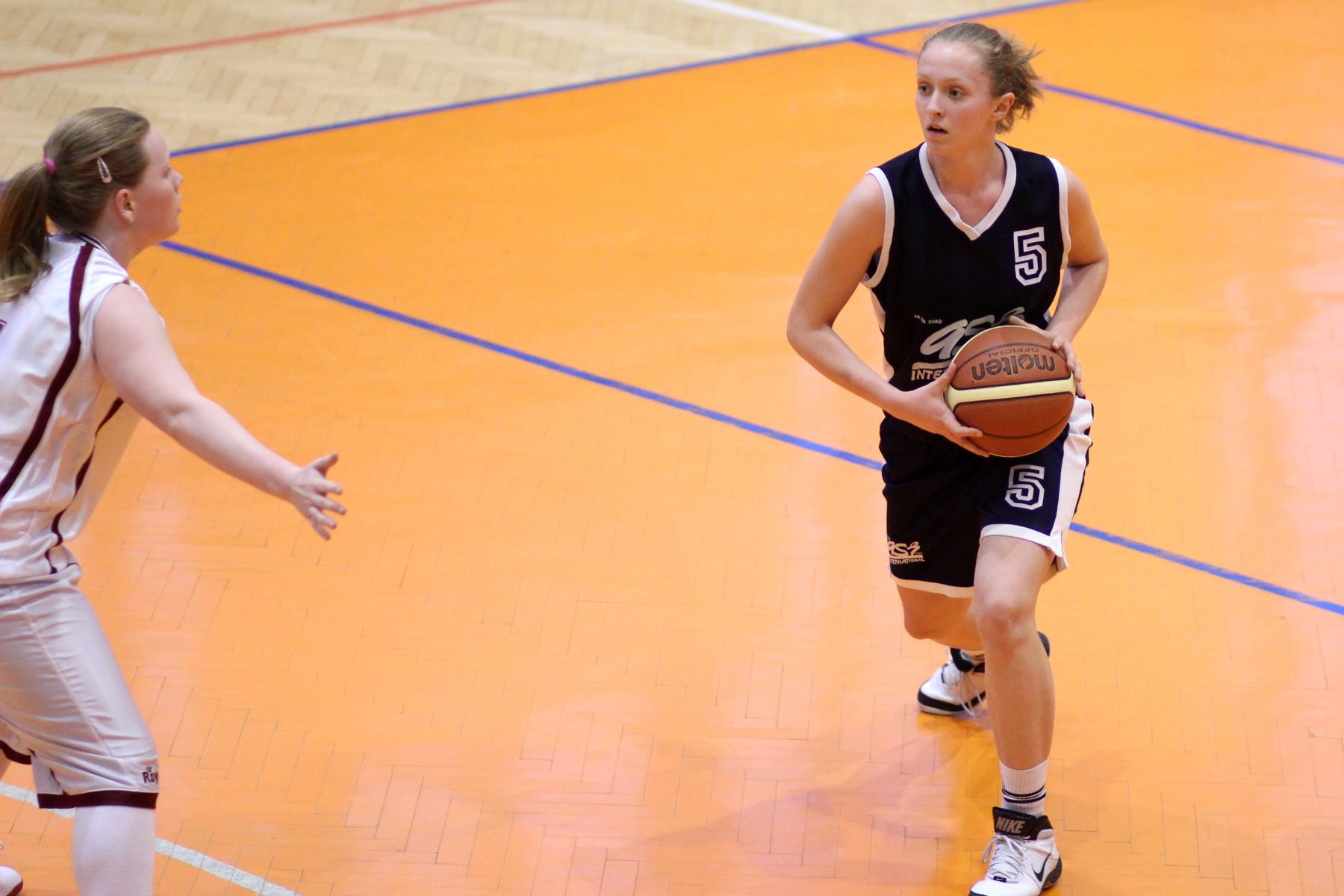 bk-zvolen-bk-petrzalka-ziacky-basketbal-10