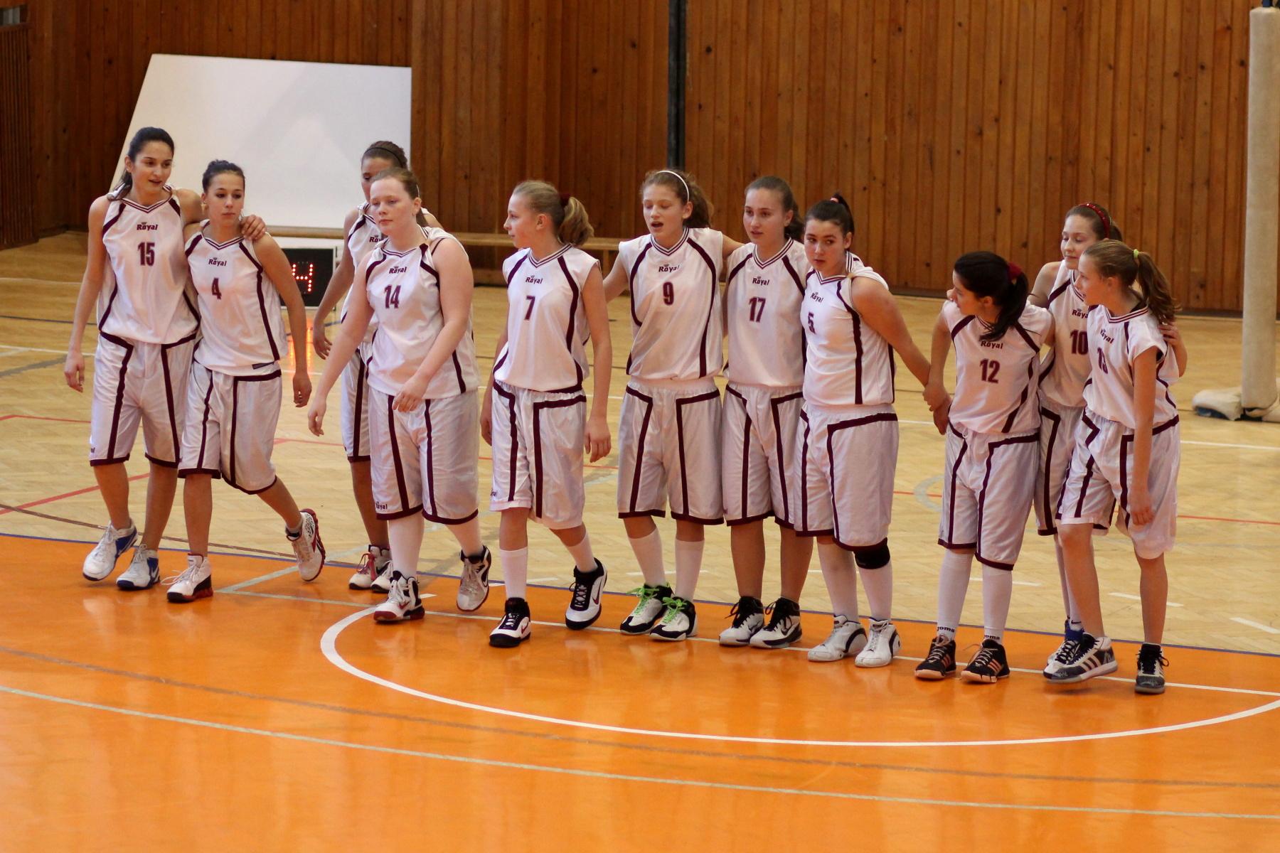 bk-zvolen-bk-petrzalka-ziacky-basketbal