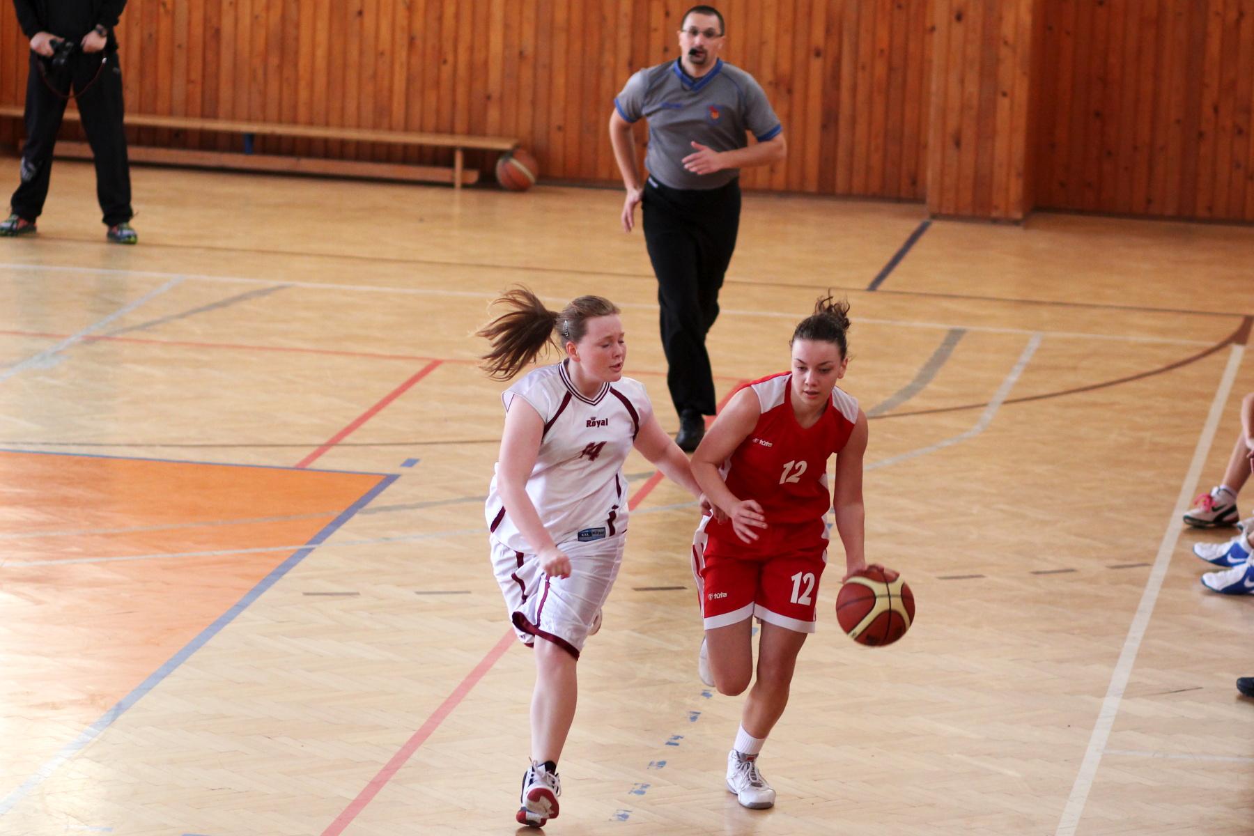 zvolen-bystrica-ziacky-basketbal-13