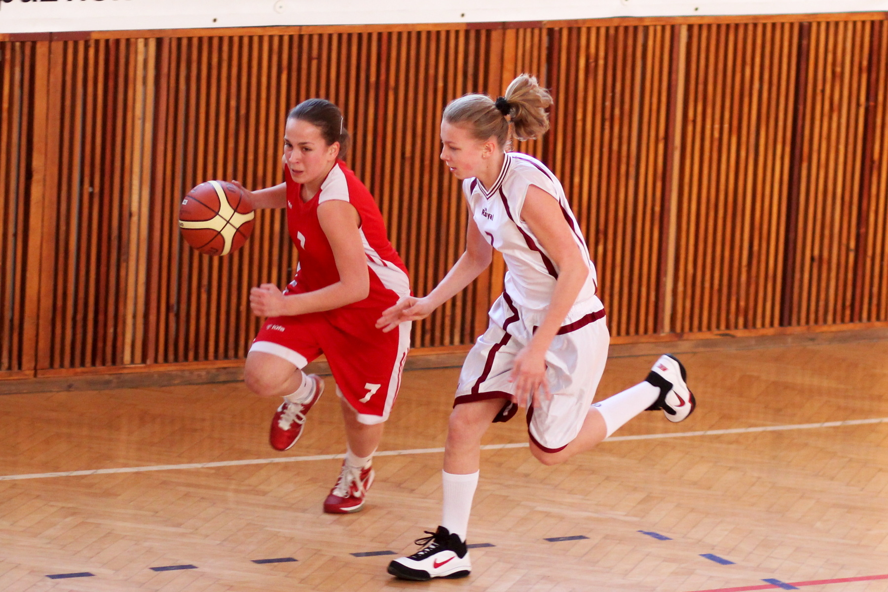 zvolen-bystrica-ziacky-basketbal-14