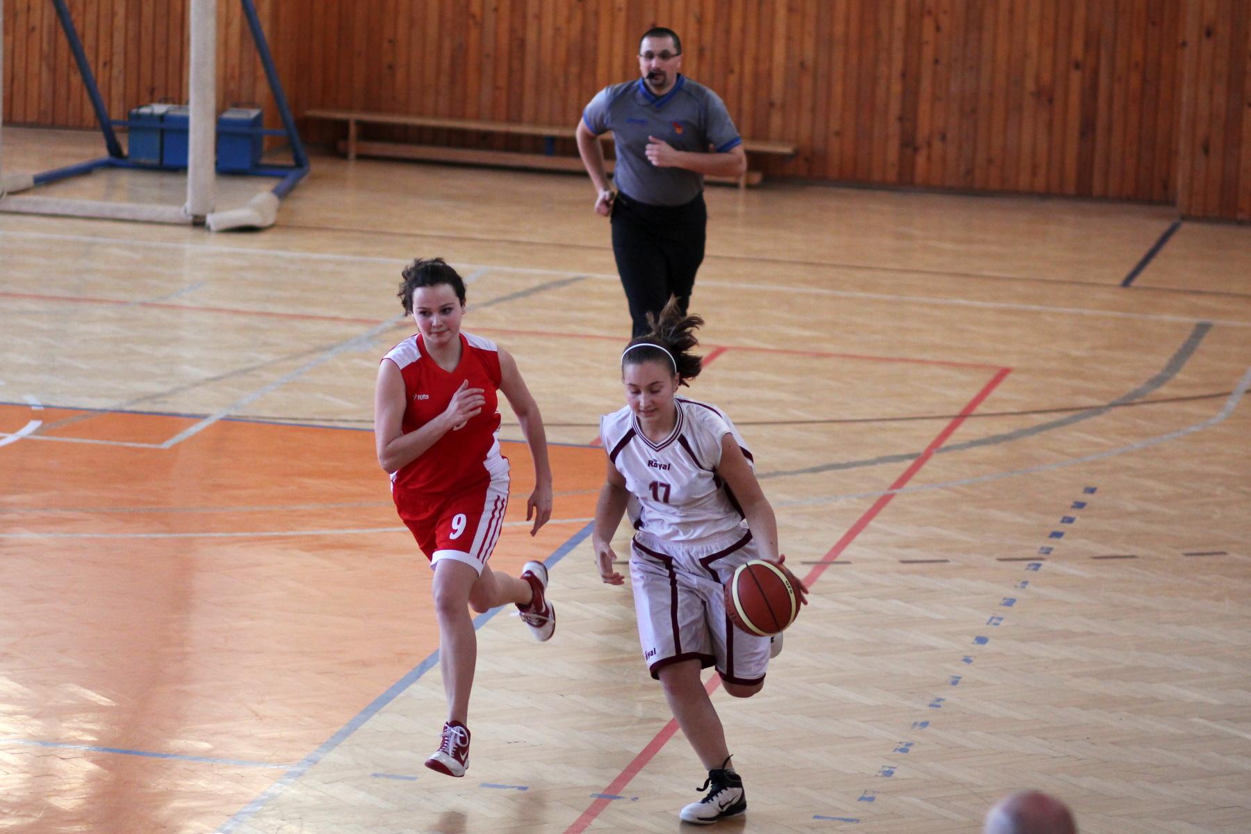 zvolen-bystrica-ziacky-basketbal-18