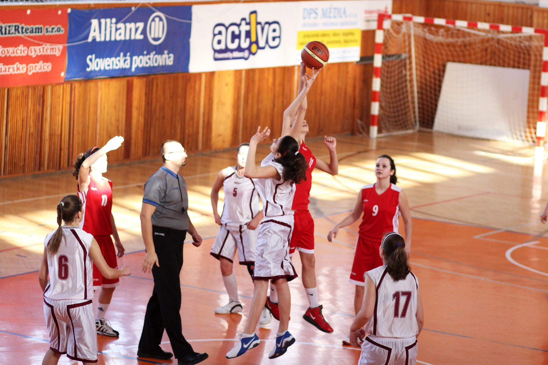 zvolen-bystrica-ziacky-basketbal-2