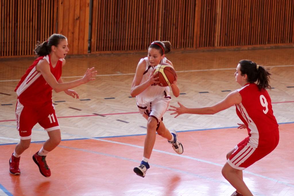 zvolen-bystrica-ziacky-basketbal-20
