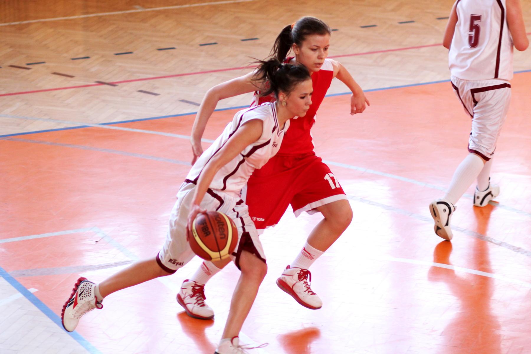 zvolen-bystrica-ziacky-basketbal-7