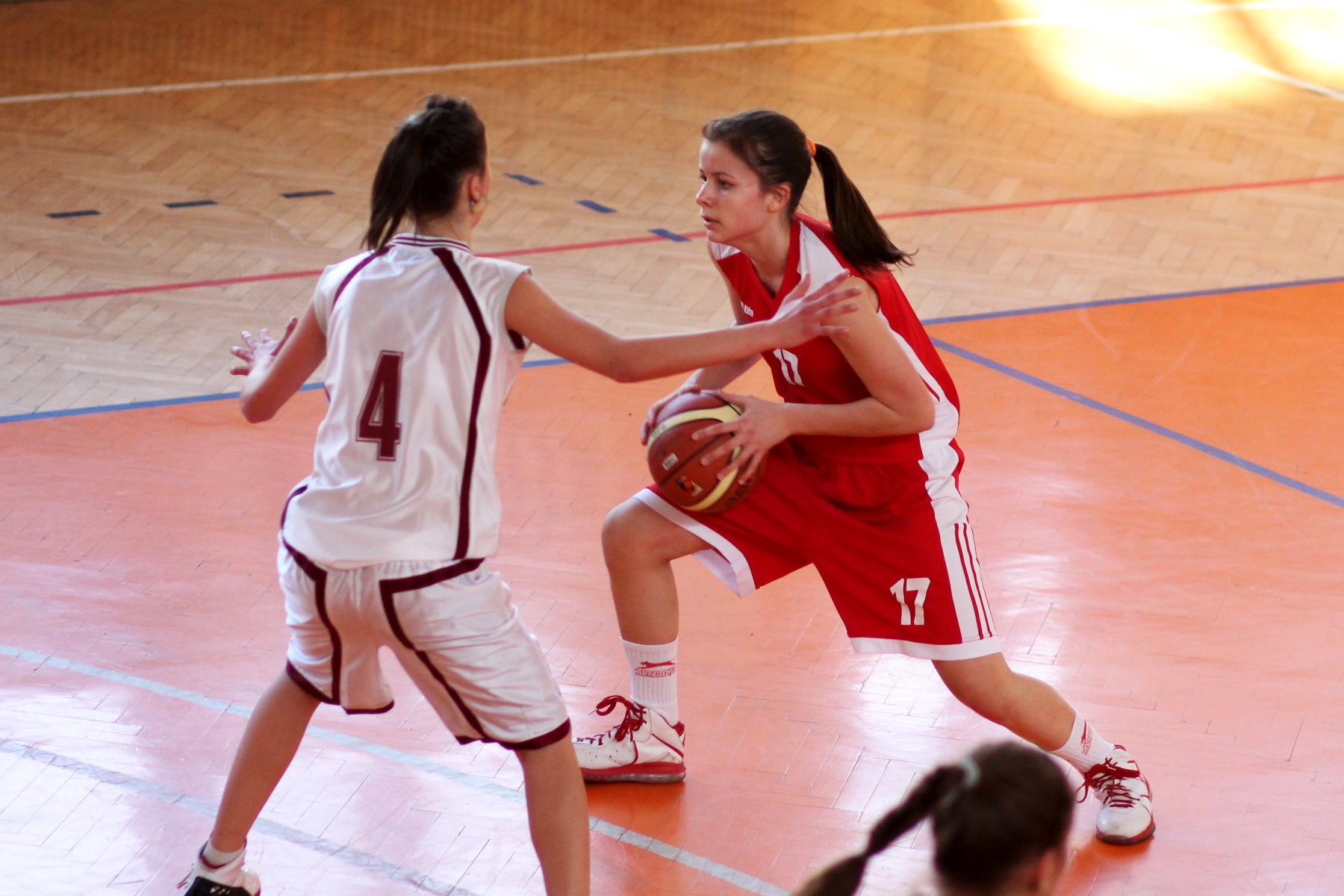 zvolen-bystrica-ziacky-basketbal-8