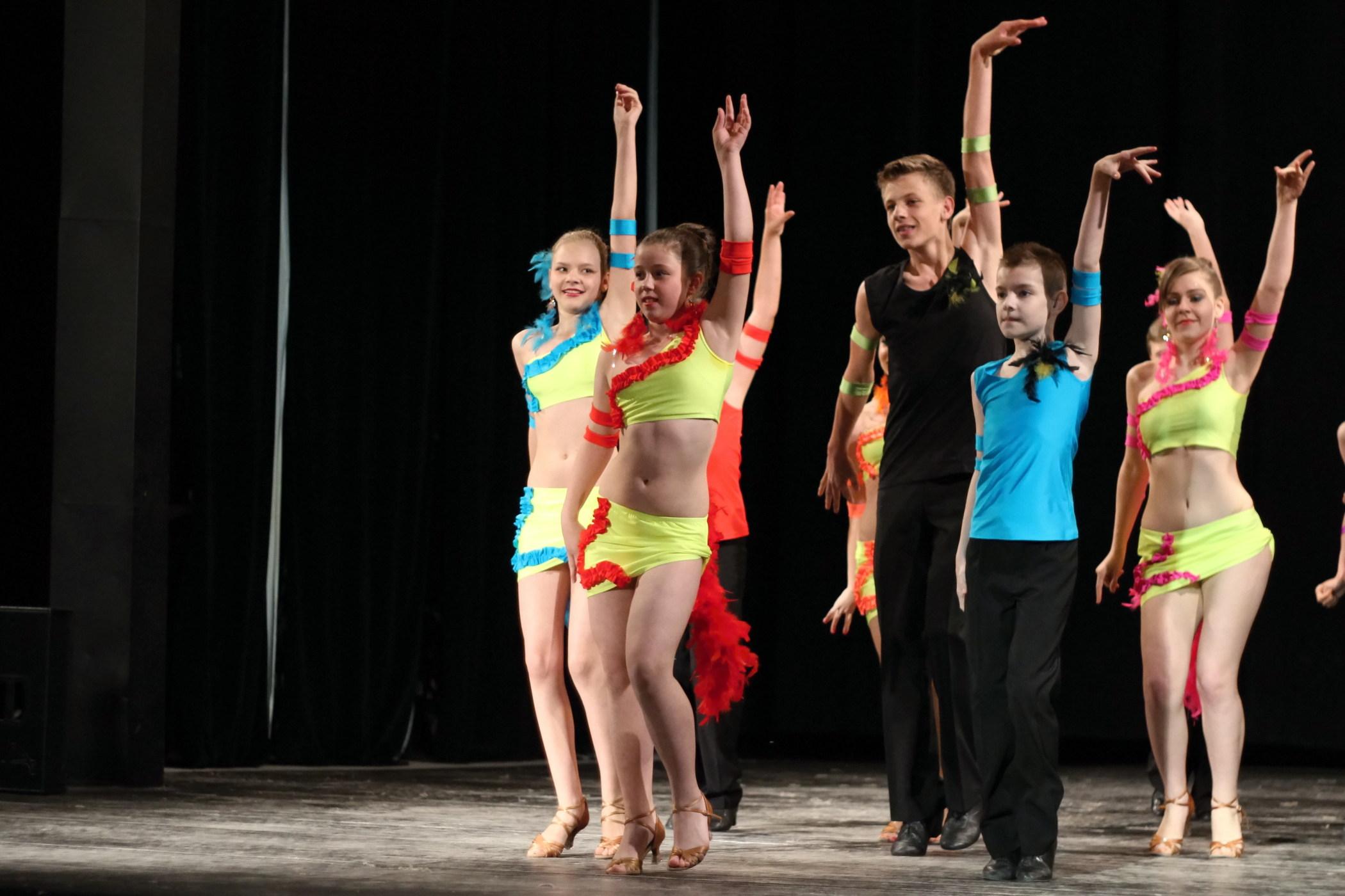 zvolenske-tanecne-podium-1