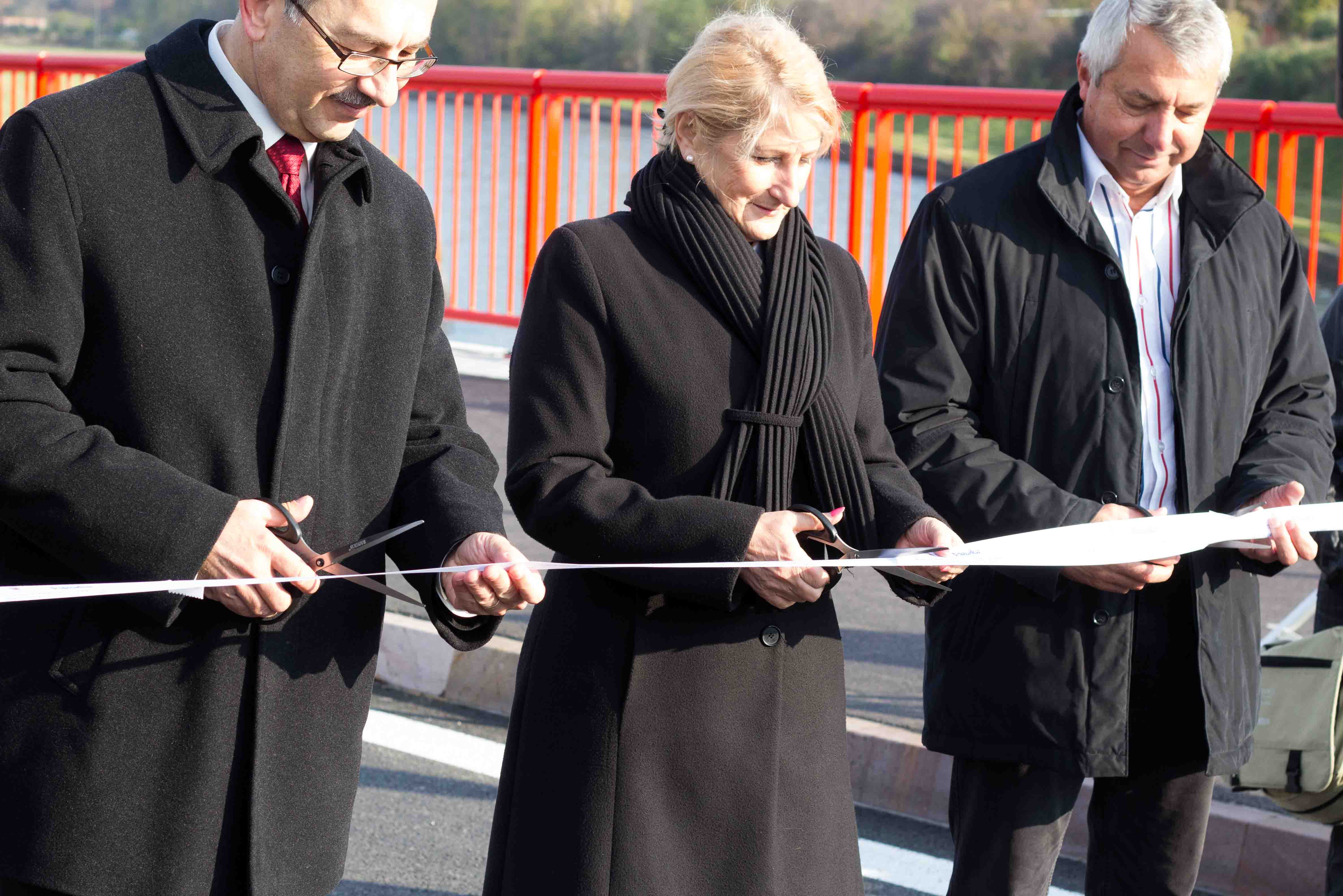 odovzdanie-hronskeho-mosta-2012-zvolen-3