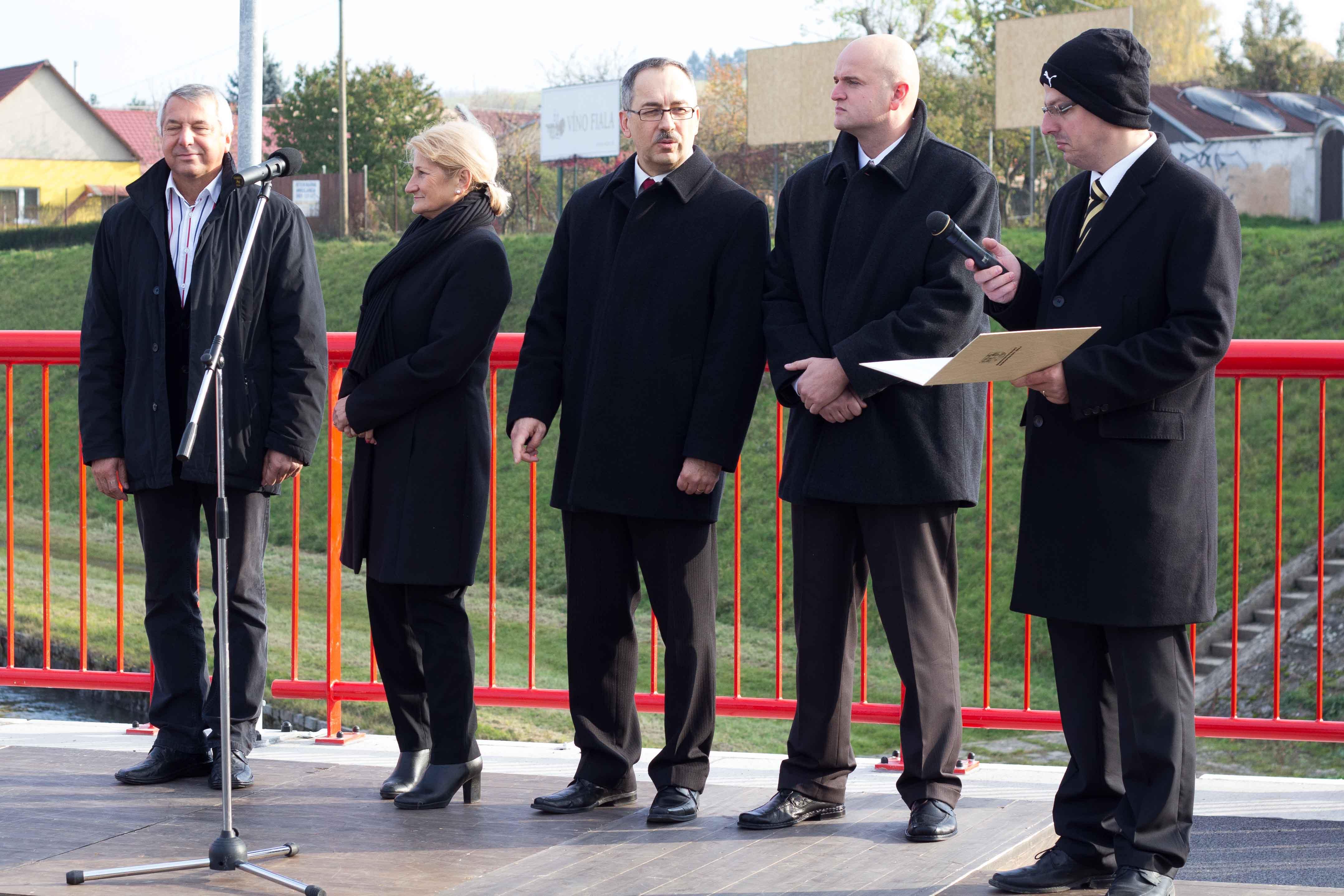 odovzdanie-hronskeho-mosta-2012-zvolen