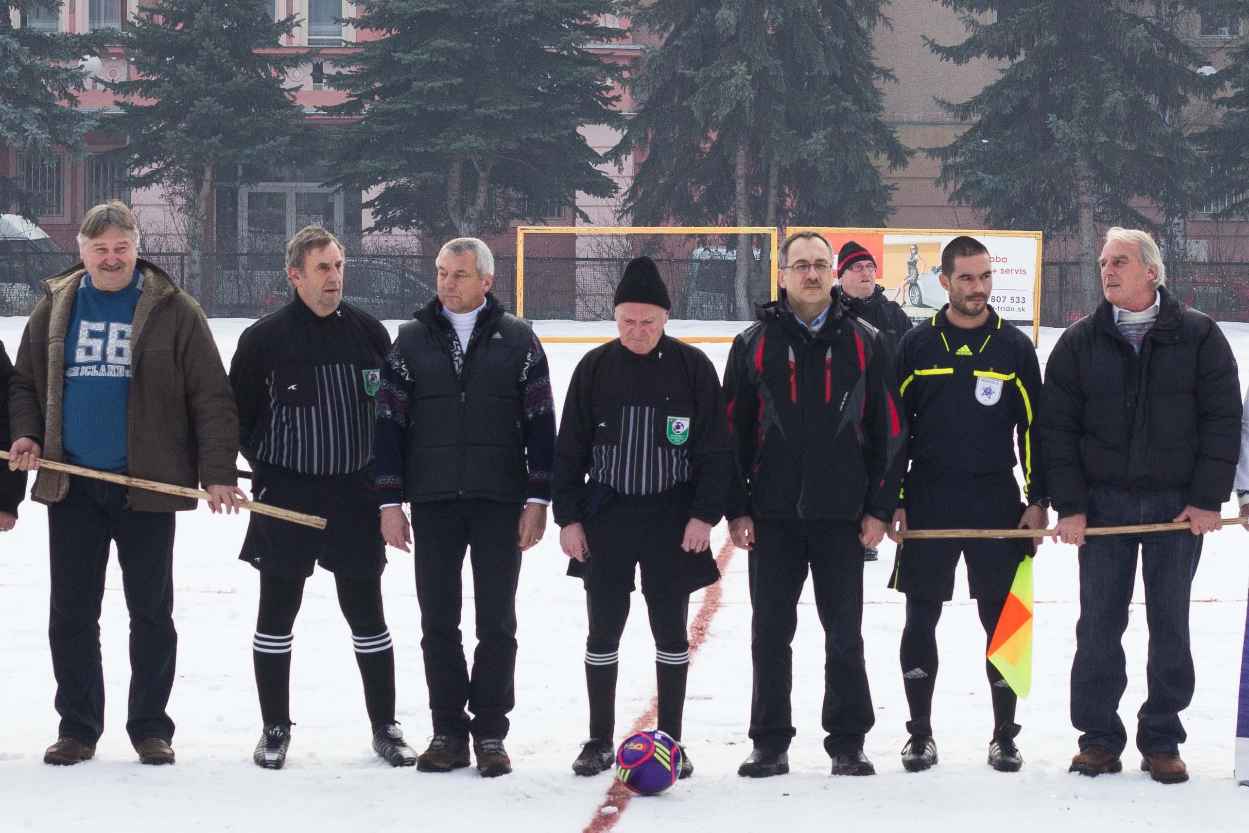 Rozhodcovia: Tomáš Slatinec, František Fazekaš a Branislav Hrdlička a samozrejme primátor mesta Zvolen Miroslav Kusein a Europoslanec VladimírMaňka.