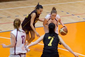 bk-zvolen-cbk-kosice-juniorky-2012-basketbal-8
