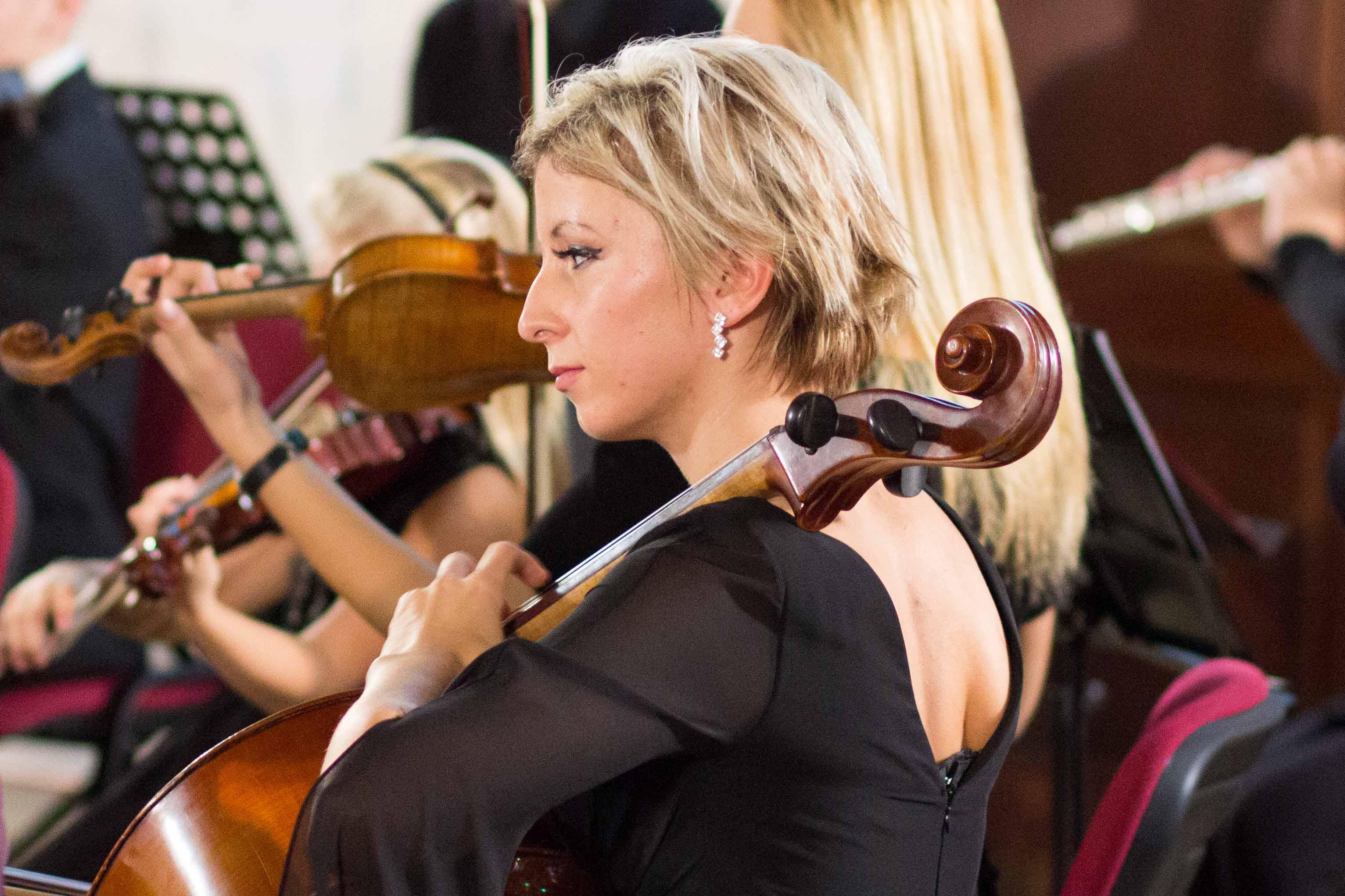 vianocny-koncert-pink-harmony-2012-zvolen-1