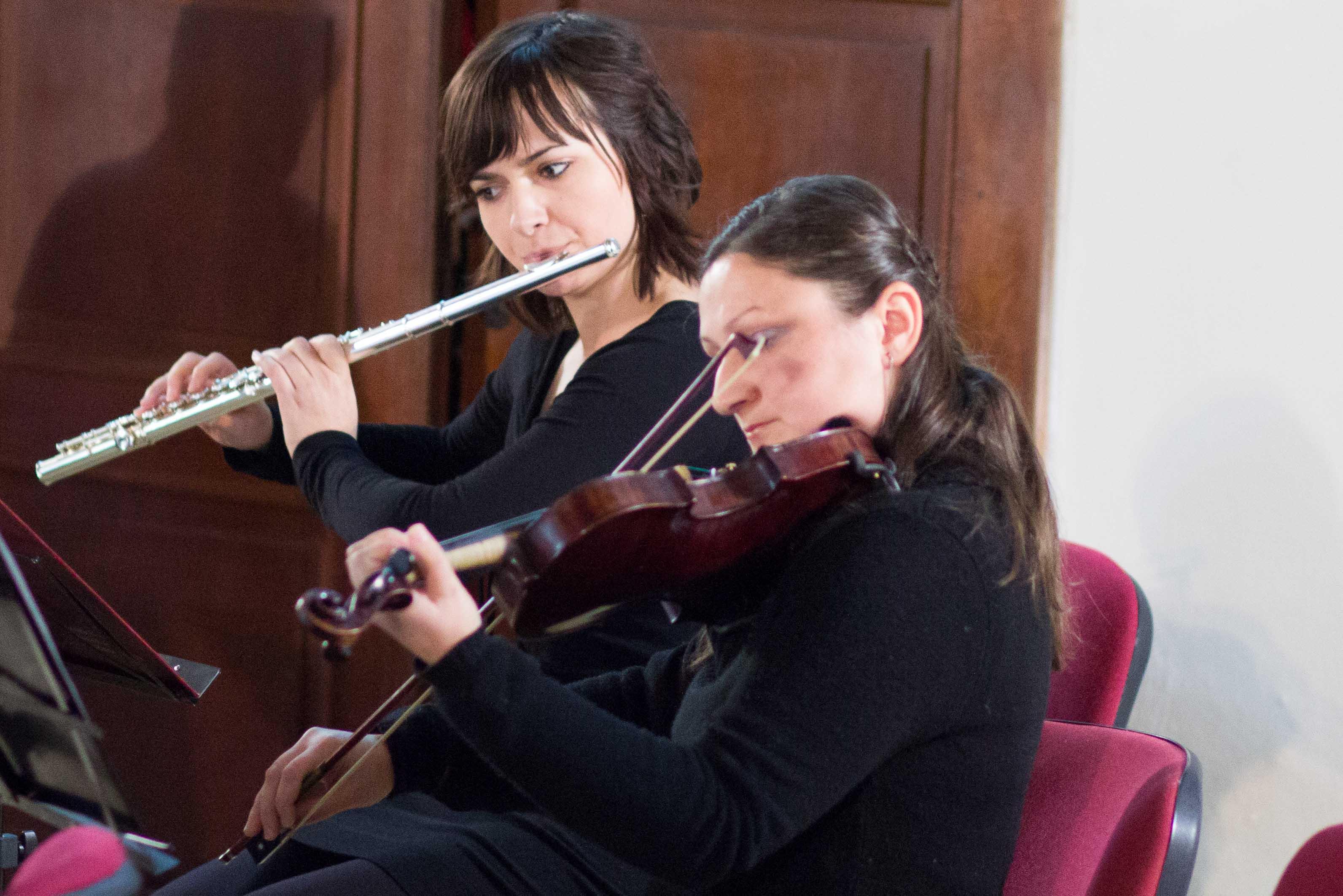 vianocny-koncert-pink-harmony-2012-zvolen-2