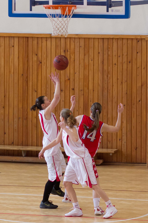 bk-zvolen-eilat-pu-presov-2013-basketbal-zeny-15