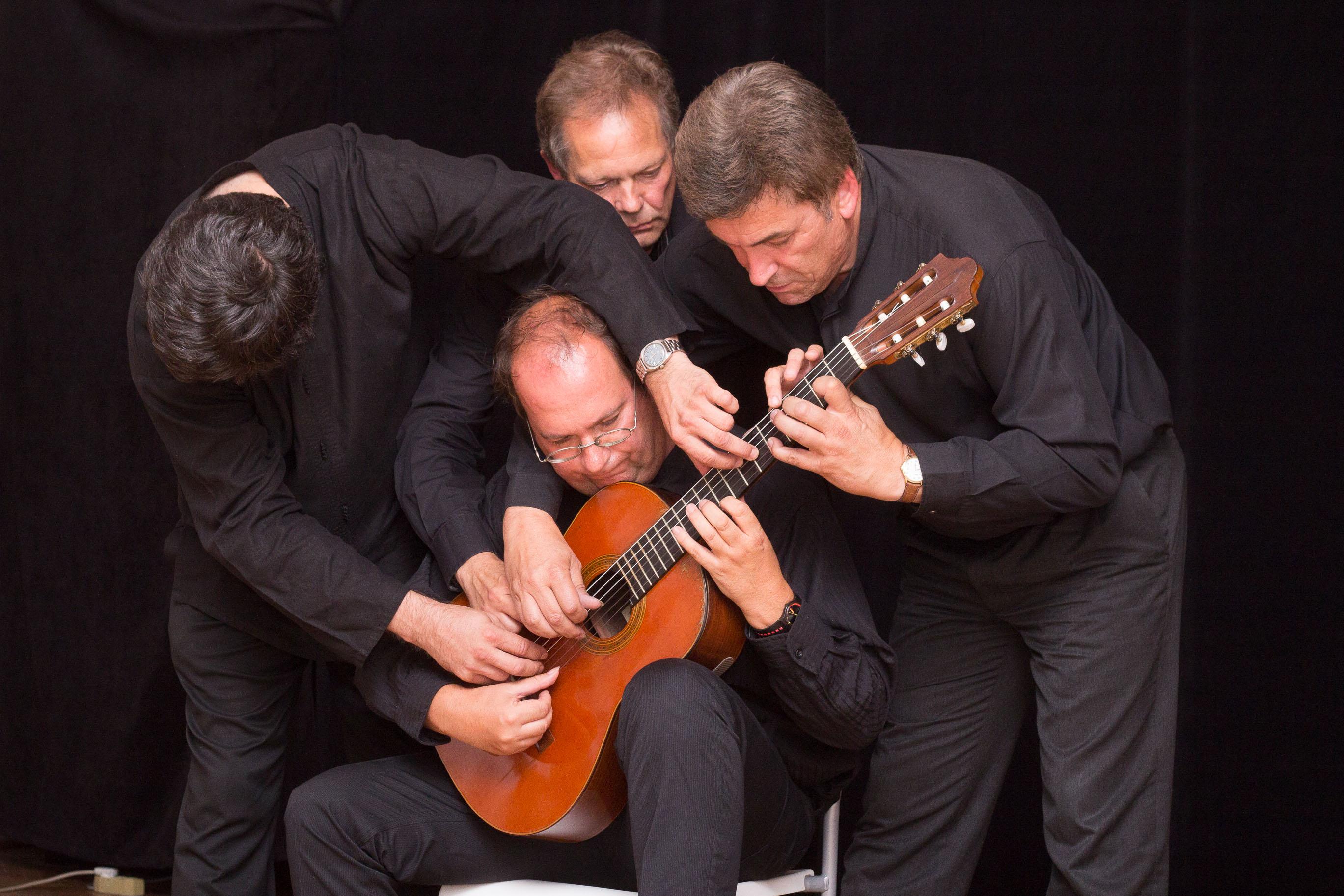 guitar-quartet-versailles-3