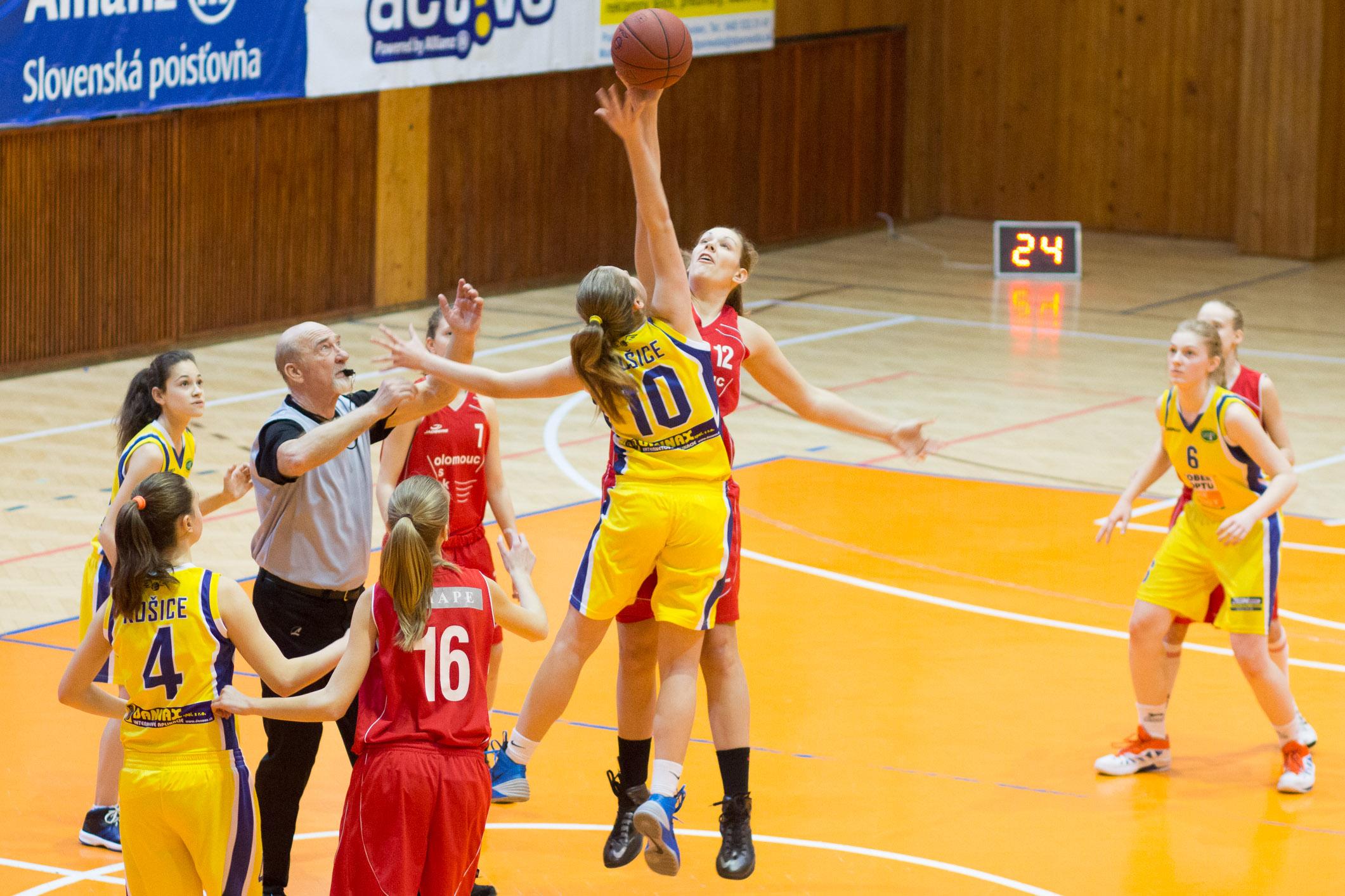 trojkralovy-basketbalovy-turnaj-2014-zvolen-1