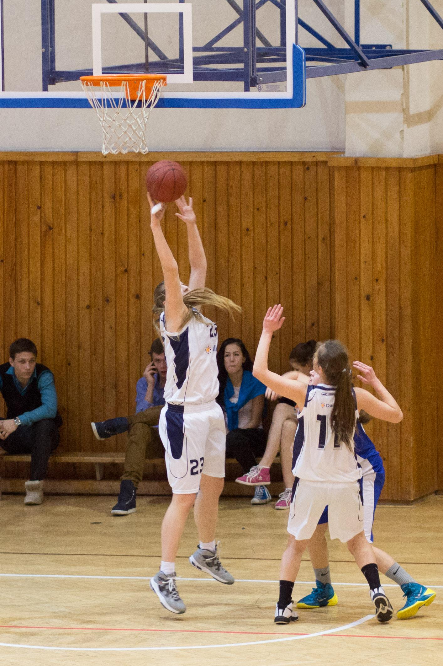 trojkralovy-basketbalovy-turnaj-2014-zvolen-13