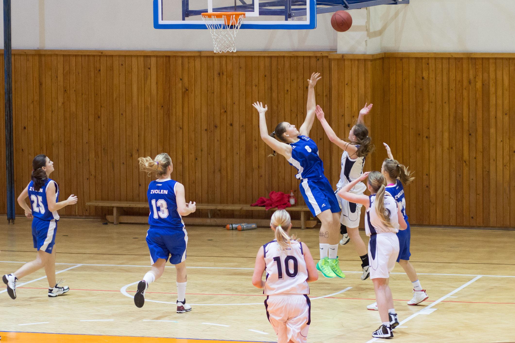 trojkralovy-basketbalovy-turnaj-2014-zvolen-16