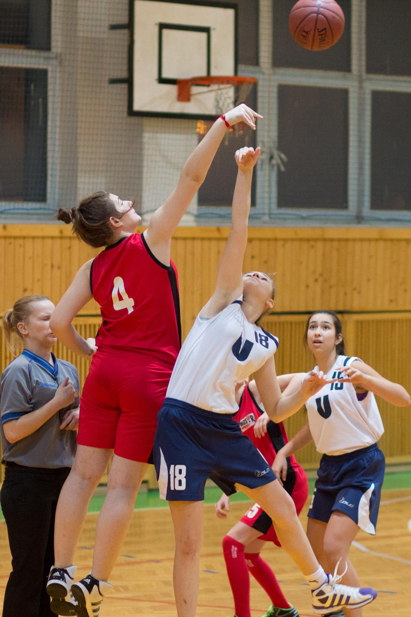 trojkralovy-basketbalovy-turnaj-2014-zvolen-5