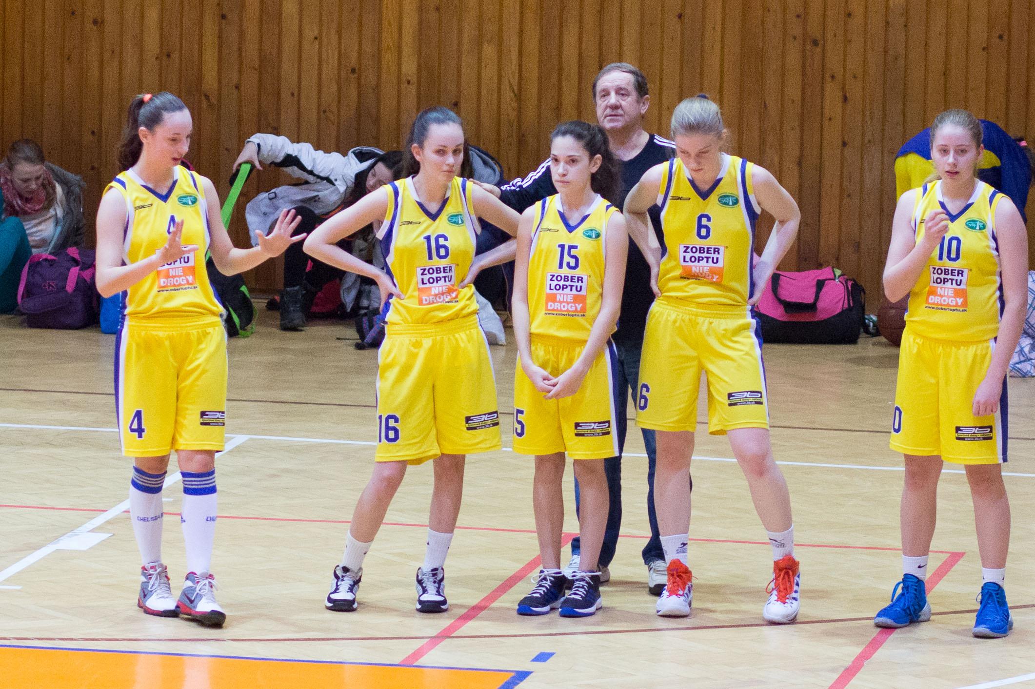 trojkralovy-basketbalovy-turnaj-2014-zvolen