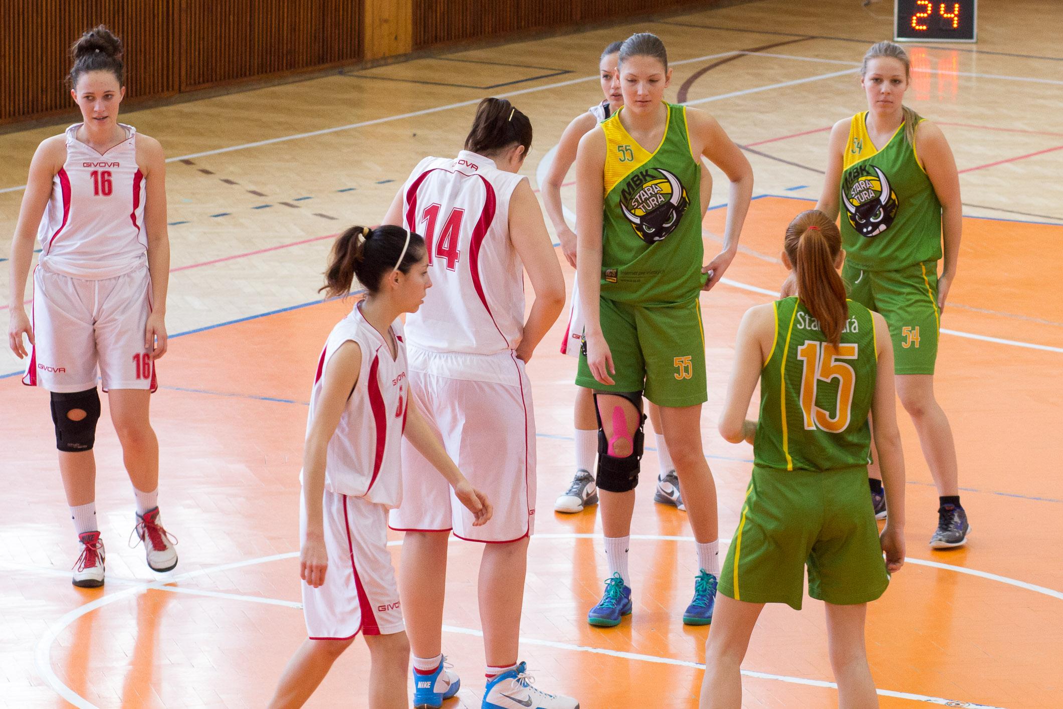 bk-zvolen-mbk-stara-tura-2014-basketbal-1
