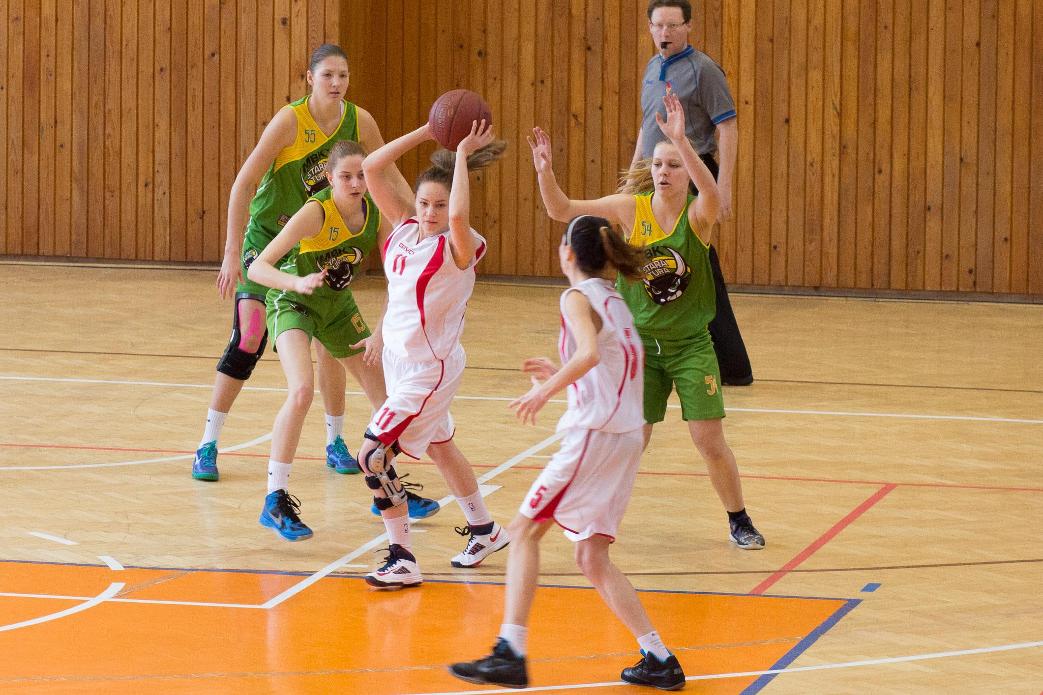 bk-zvolen-mbk-stara-tura-2014-basketbal-3