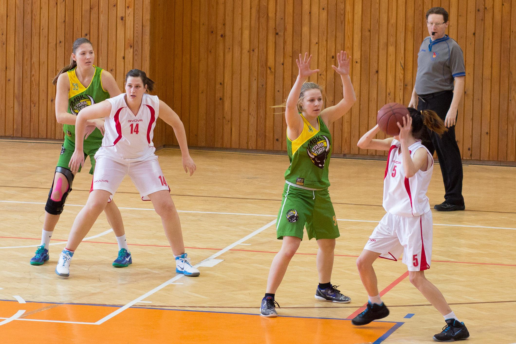 bk-zvolen-mbk-stara-tura-2014-basketbal-4