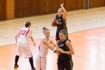 dievcata hraju vo zvolene basketbal