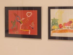 malovana kresba na vystave