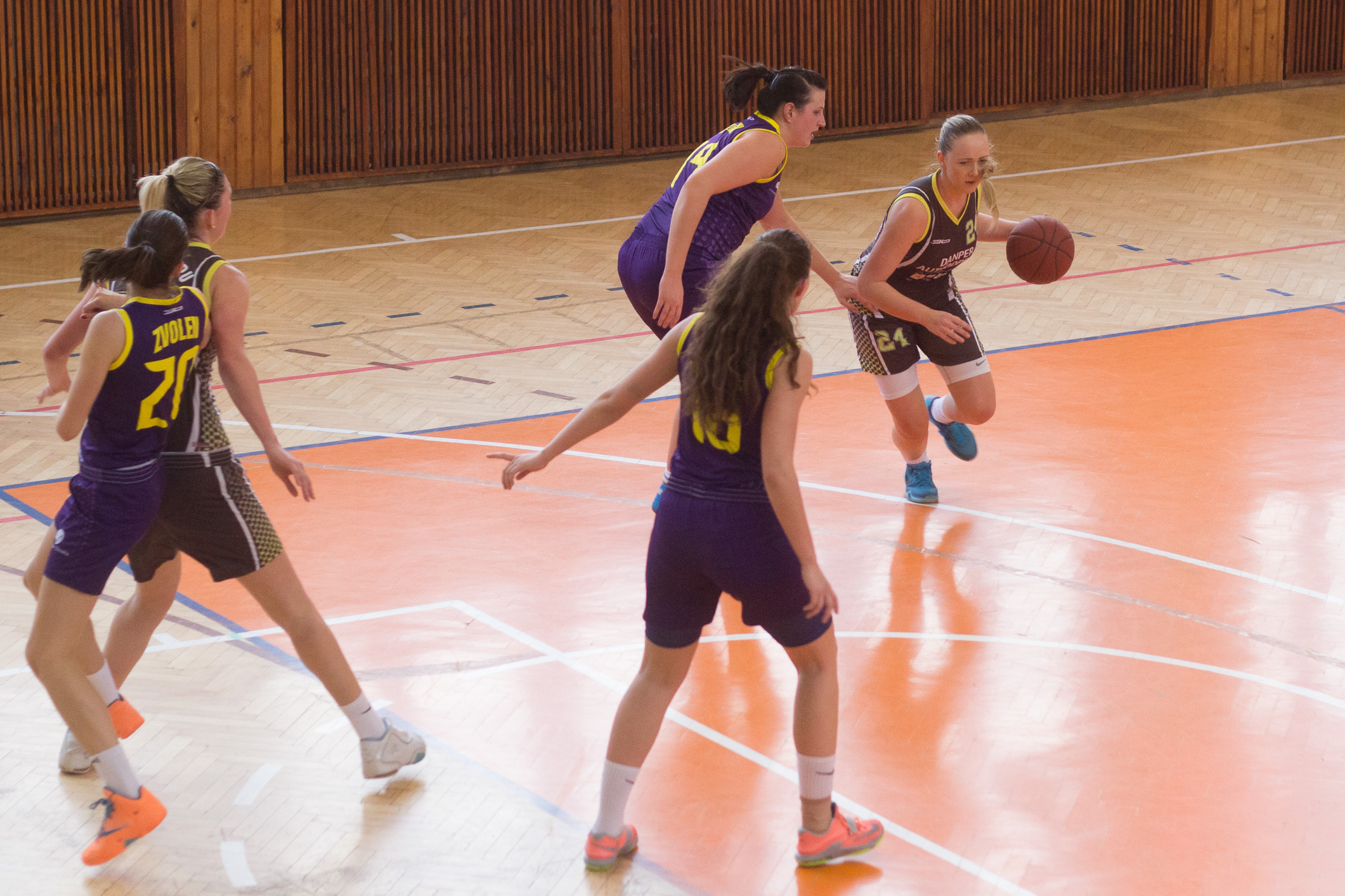 bk-zvolen-eilat-presov-2015-basketbal-11