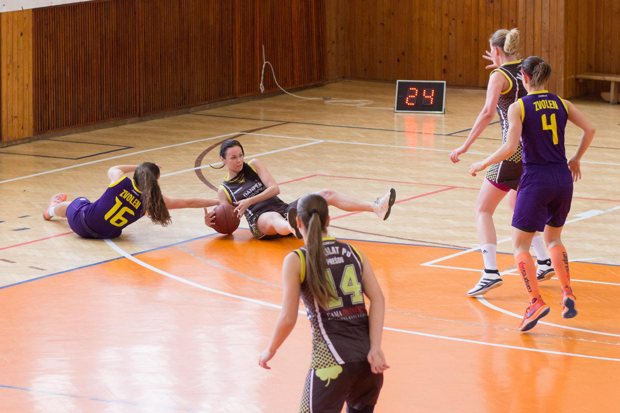 bk-zvolen-eilat-presov-2015-basketbal-14