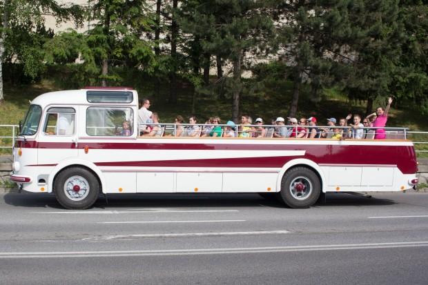 retro-autobus