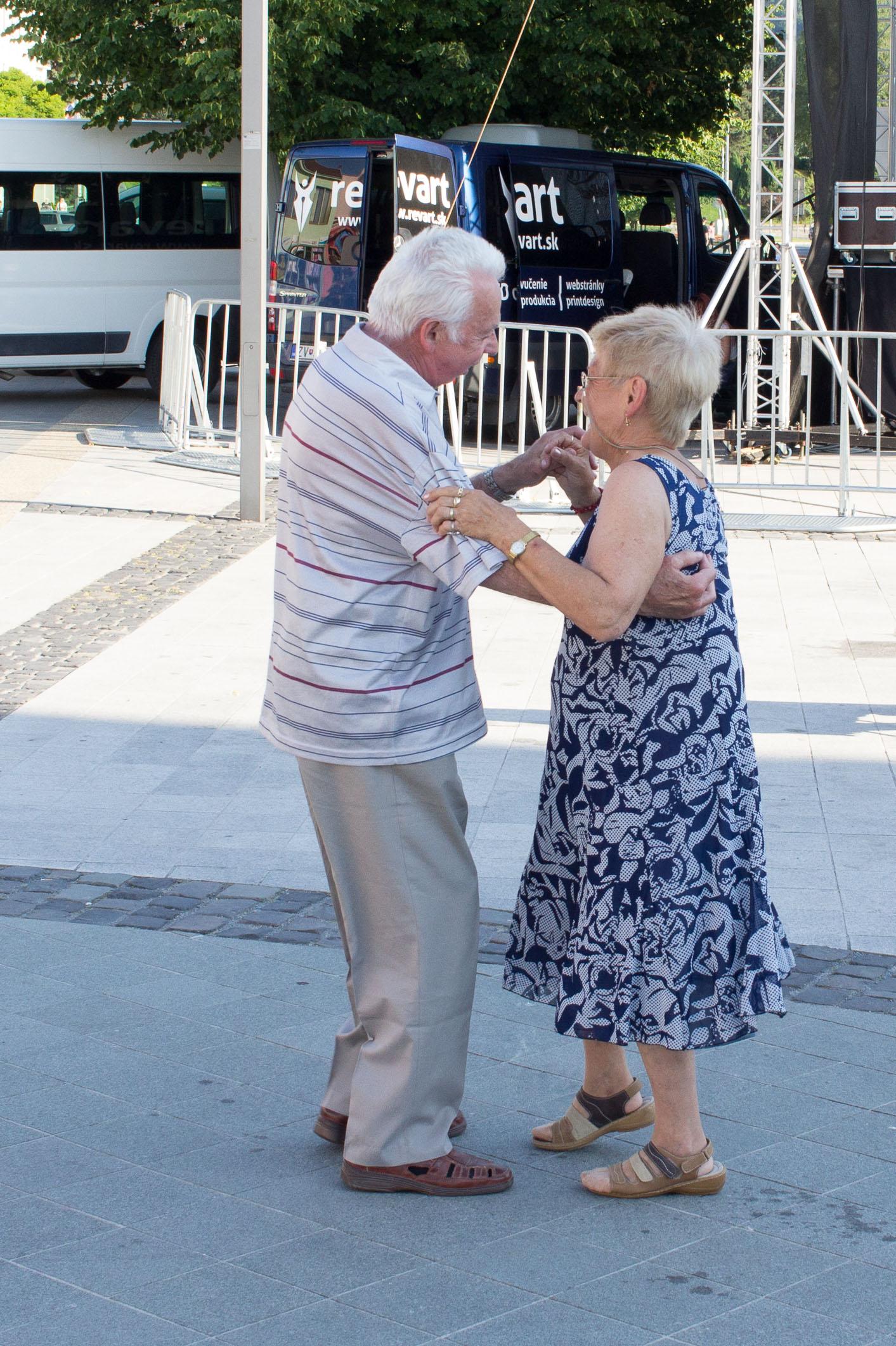 tancovanie-namestie