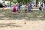 deti sa učia hrať bochiu