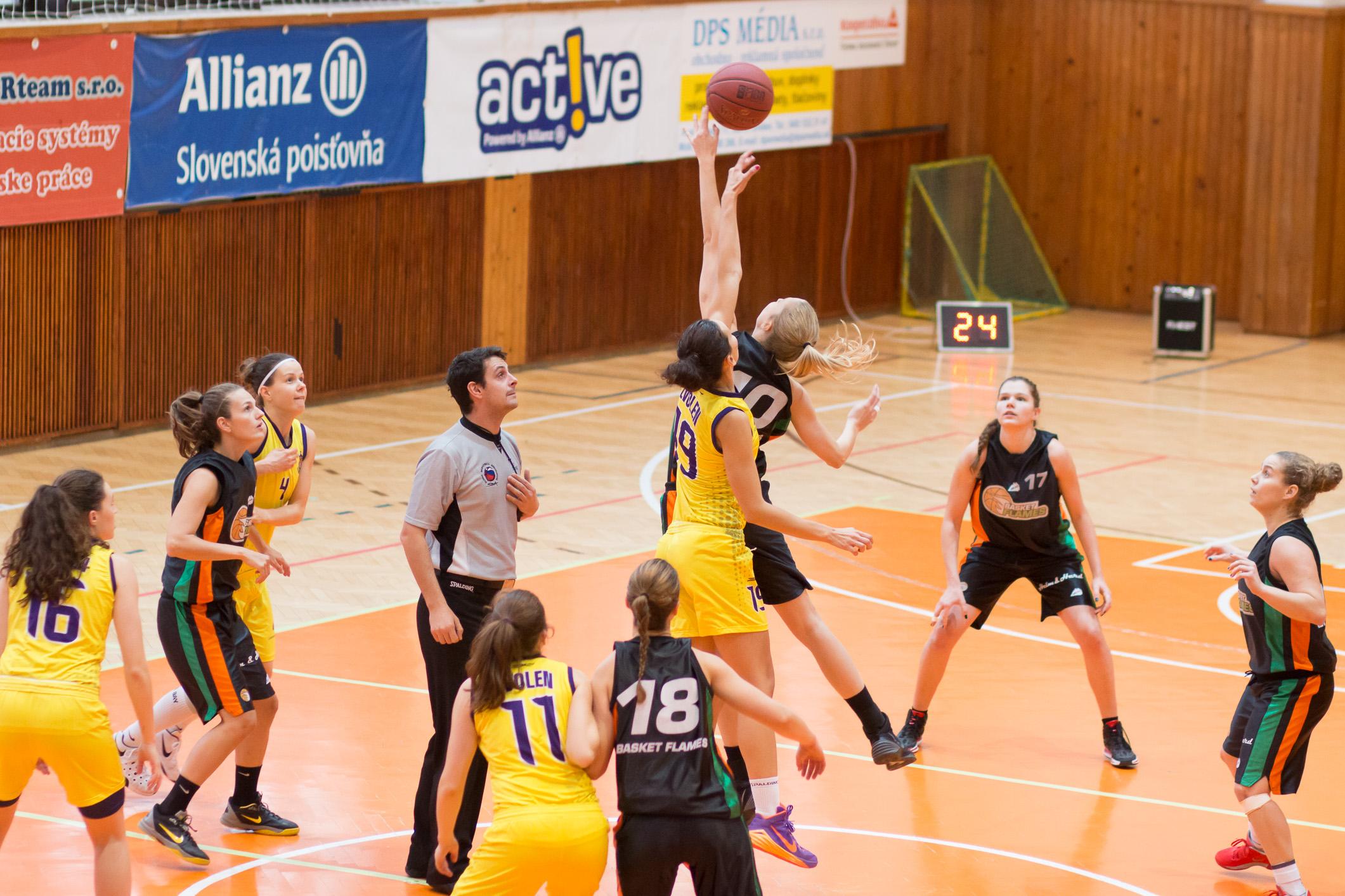 bk-zvolen_basket-flames-24