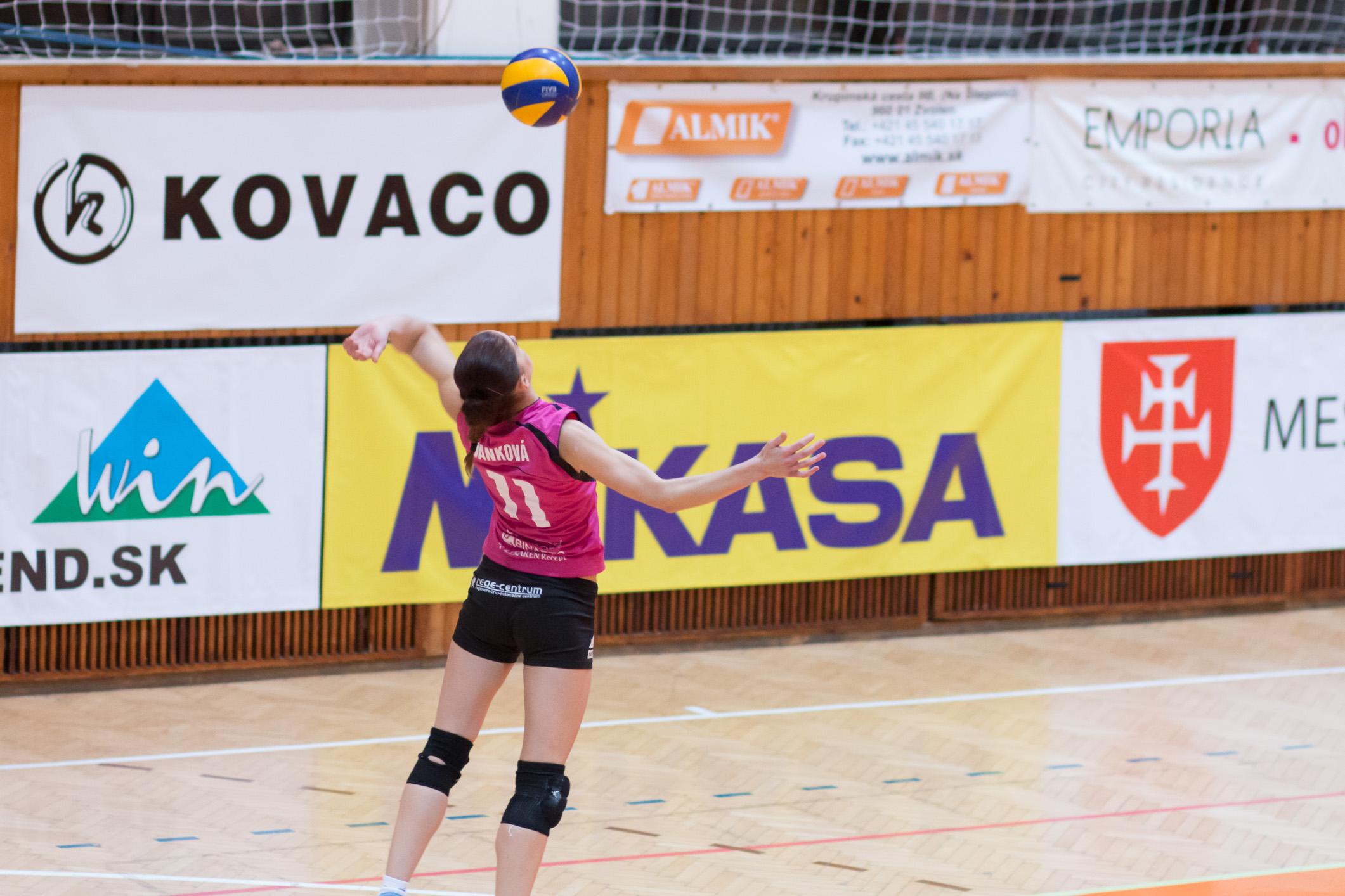Eva Danková – TJ Slávia TU Zvolen(magenta)