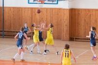 basketbalový zápas dievčat športová hala Zvolen - Západ