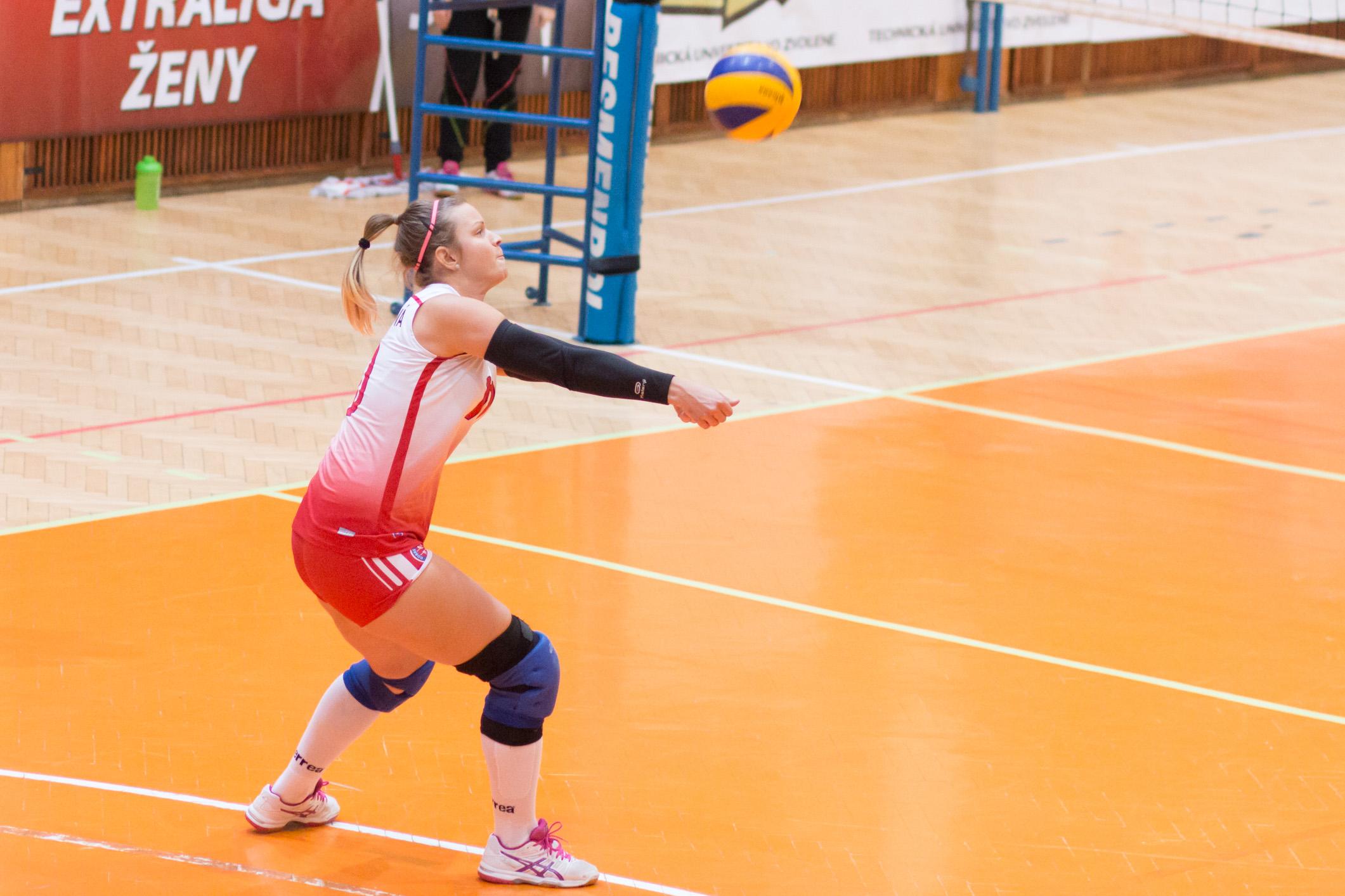 TJ Slávia TU Zvolen (magenta) – DzS Prešov(modrá)