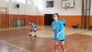 volejbal-ziacky-okresne-kolo-2016-zvolen-12