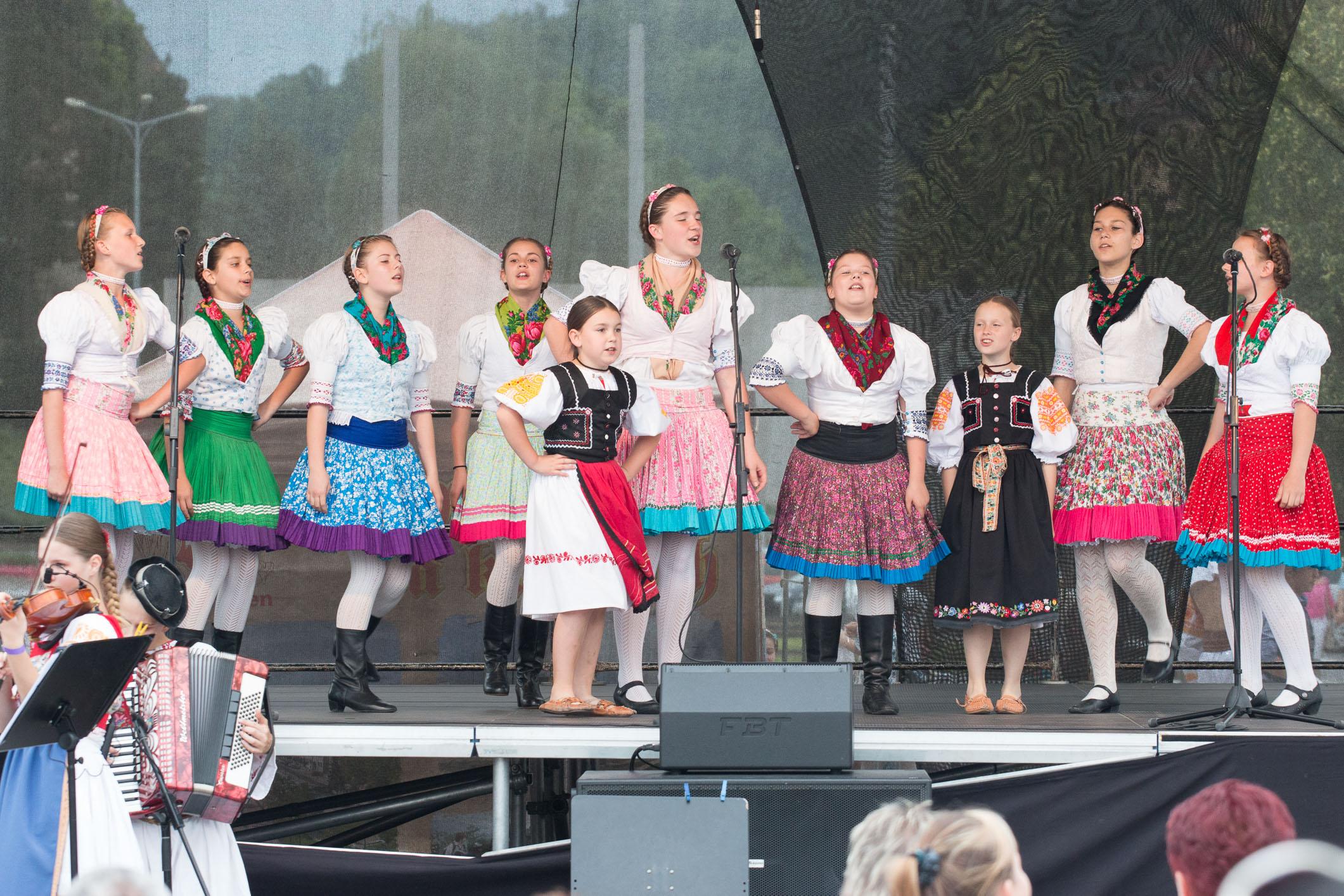folklor-korzo-2016-zvolen-13
